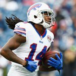 Sammy Watkins cant be stopped as he catches his 2nd TD pass of game! He has 158 Yds, a career high for 1st half. https://t.co/g2IeRGMg30