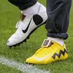 Odell Beckham Jr.s Charlie Brown and Snoopy cleats: ???? https://t.co/jtvTsNRmGm