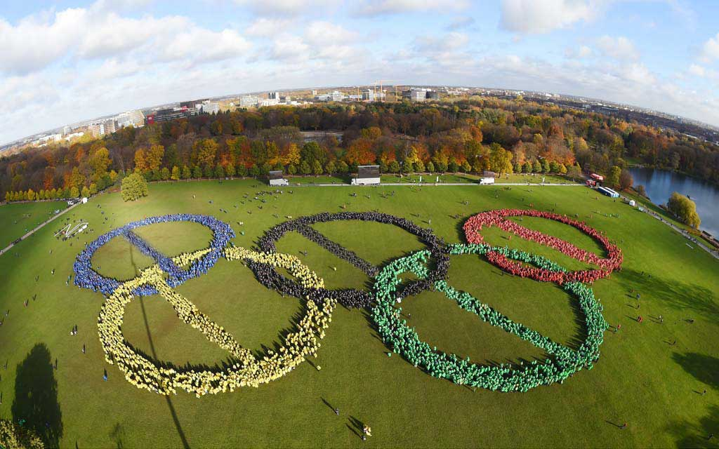"Endgültig: ""Hamburg sagt nein zu Olympia"" https://t.co/0AWfoVIP7C https://t.co/mLr3PMU4lD"