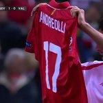 Muy Grande Sergio Escudero dedicó su gol a Andreolli, lesionado grave. https://t.co/qTBthqyQbE