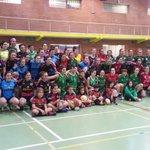 Exito de la jornada #jugonasdeplata en Vitoria para hacer visible el deporte femenino. #Queremosmas https://t.co/qaJ2hVR2Yv