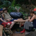 Errr.. is nobody going to mention this... #CombFootrub #ImACeleb @higeorgeshelley @fernemccann https://t.co/jtMEvvc9t9