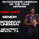 @coach_germano presents senior Todd Hunt with the Outstanding Defensive Lineman of the Year Award! #GoDogs https://t.co/ww5235VUWJ