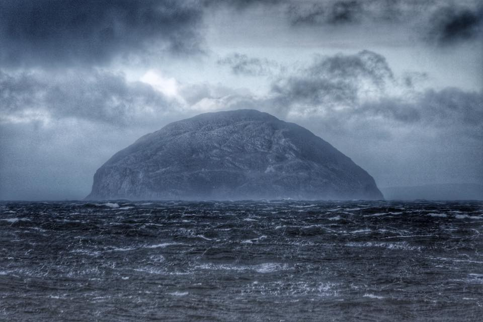 Moody Ailsa Craig from today (via https://t.co/jhXCzLJ481) https://t.co/NRm9spYOdH