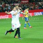 Aleix Vidal debutó en el #SevillaFC con gol al Valencia, Escudero hizo lo mismo una temporada después. #SevillaFC https://t.co/BFS97iQ4Rt