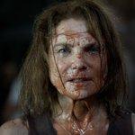 #TheWalkingDead Sets Stage for Negan in Deadly Midseason Finale https://t.co/yvcC6uAtA3 https://t.co/Ui3cv9YfjA