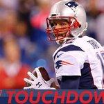 Brady + Bolden = SIX #Touchdown @Patriots! 63-yard TD and it was pretty. #NEvsDEN https://t.co/steezxNHWf