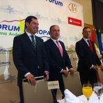 Arranca el desayuno informativo de @NewEconomyForum #ForumEuropa con @JuanMa_Moreno y @eliasbendodo #Malaga https://t.co/2qlvEpo4dI