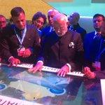 Pm inaugurated India pavilion at cop 21 Paris https://t.co/CxCaE0gAeZ