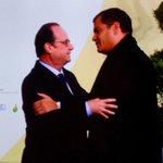 .@MashiRafael arriba a #COP21 donde es recibido por el Presidente de Francia, @fhollande y autoridades https://t.co/vntmooNxQN