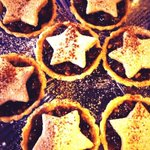 Its not long to go! Order your mince pies today. Tweet us to order. @BathCoUK @bathmums @clairerendall1 @InBath https://t.co/Gm1rrxjduP