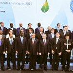 PM Modi with Heads of States at #COP21 #ModiInParis https://t.co/zX0Ev59c1J