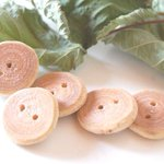 Hazel Wood Buttons Medium Size Rustic Buttons for Crafting Projects https://t.co/rZhKkMJzHQ #handmade #crafting https://t.co/NBVJZJPM6J