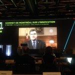 Présents au Sommet de linnovation où @DenisCoderre nous parle changement climatique #SMI2015 https://t.co/9wVCBOoY2f