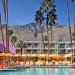 $66 a night @theSaguaroPS is a killer deal! Love this place! #PalmSprings  https://t.co/ruTyee7MNV https://t.co/rMJ6b9muNc