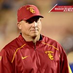 BREAKING: USC names Clay Helton head coach. Helton went 5-2 as interim head coach this season. https://t.co/f6XssQgvIp