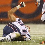 Report: @RobGronkowski 'Unlikely' To Miss More Than 1 Game With Knee Injury https://t.co/ZLWUC6C0Cg https://t.co/jzspjEexAq
