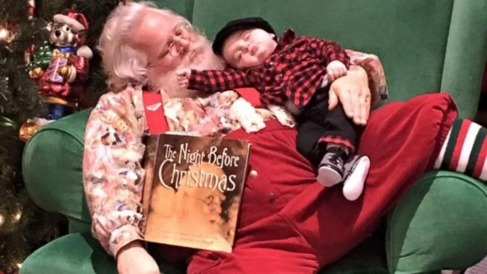 6-month-old falls asleep before meet-and-greet with Santa - making for one great photoshoot.