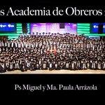 Noche Inolvidable. 978 Estudiantes Recibieron Su Grado De Nuestra Academia. #Impresionante #RíosDeVida #GraciasDios https://t.co/I5bL30O9ja