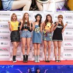No Female Rookie Artist confirmed for #2015MAMA? Nothing said yet but TWICE leads in votes https://t.co/AFJFRzcoKU https://t.co/yer8nRhVkv