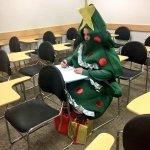 na escola qnd ja é dezembro mas vc ta de recuperação https://t.co/yDTN83bBdZ