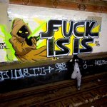 Graffiti writer paints anti-ISIS piece in abandoned New York City subway station: https://t.co/HzjP5bMPZT https://t.co/NNZ3hMql0T