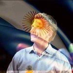 Ahora más unidos que nunca. No lo dejaremos solo. Vamos juntos @mauriciomacri.! 10D Todos con Macri #LunesIntratable https://t.co/69lVrXJQrL