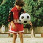 El golazo de Messi con Newells a los 12 años https://t.co/Qy6Bn8yeSk https://t.co/0pfpMvbslg