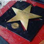 Stars for @aldenrichards02 & @mainedcm ???? Congrats AlDub MaiDen © karenpaguia #ALDUBDejaVuLove #ALDUBWalkofFamePH https://t.co/egIupSXMzi