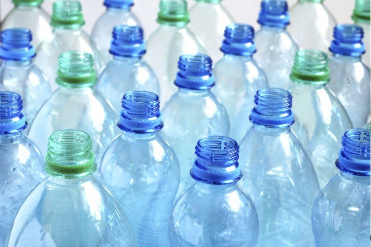 RT @Greenpeace: Woot! #SanFrancisco will be first in America to ban the sale of plastic water bottles! https://t.co/vykCL4lK3x https://t.co…
