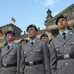 Правительство Германии одобрило участие вооружённых сил страны в борьбе с ИГ в Сирии Правительство https://t.co/cMuFTLDbE3