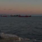 Российские корабли со вчерашнего дня скапливаются на проходе через Босфор https://t.co/VGebCPyCTZ Турция не пускает https://t.co/L9P66mCBs1