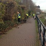 River too high to safely work in today but 5 Weirs Walk being cleared #volunteer day @RSCsheff #sheffieldissuper https://t.co/vgMW1XLsW8