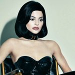 Kylie Jenner reveals more than just her naked butt in her Interview magazine spread: https://t.co/bhxkZ1FnVo https://t.co/JBCRpYmyNl