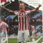 Former #SWFC midfielder Glenn Whelan is on the front of Stokes match-day programme tonight. #starlive https://t.co/Hg6paGGASS