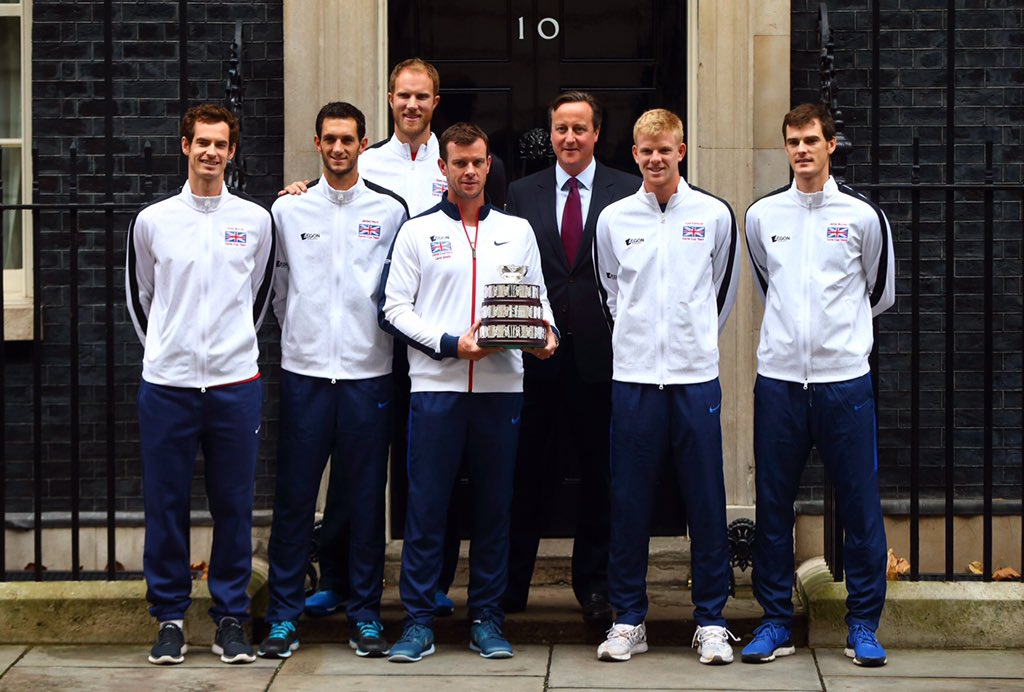 Nice to visit the PM this morning at Downing Street @JamesWardtennis @jamie_murray @andy_murray @dominglot https://t.co/28olUrHxW0