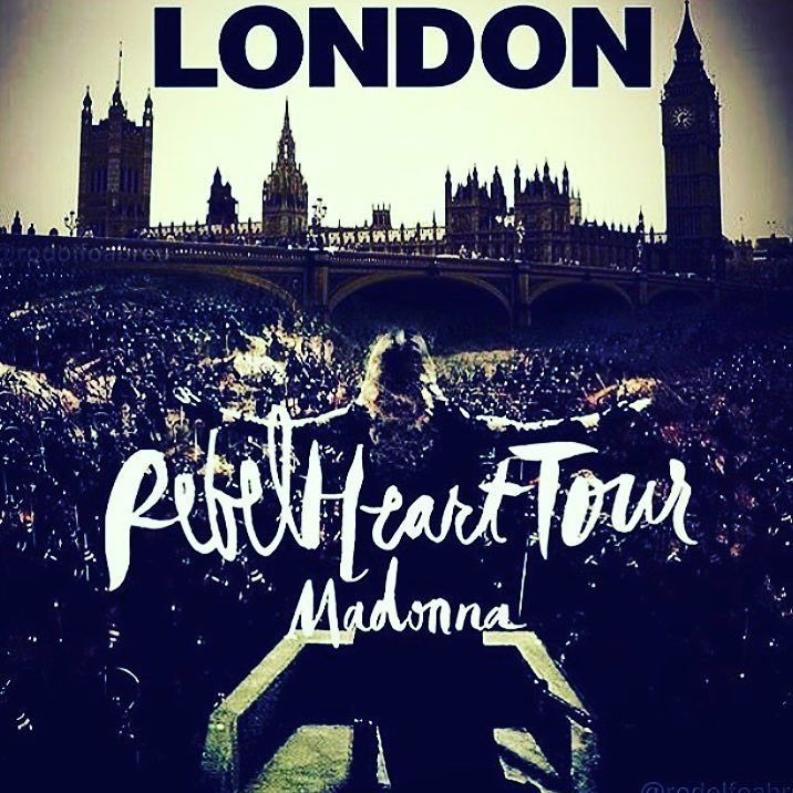 R U with Me? ????. ❤️ #rebelhearttour https://t.co/nJnT88jqo8