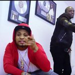 """FRESH VIDEO: B-Red – """"Cucumber"""" ft. Akon DOWNLOAD and share your THOUGHT... https://t.co/wgQT1dR2UW https://t.co/bv0tZ4Dlq5"""