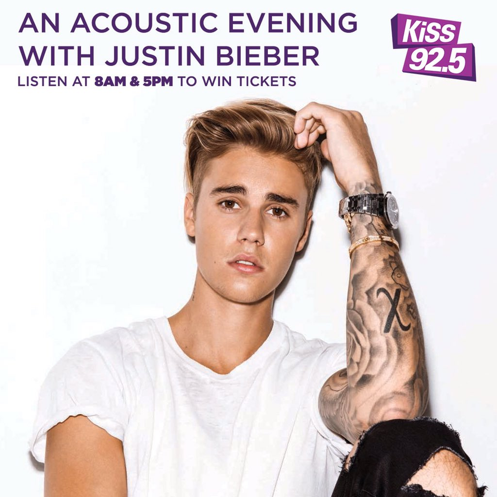 FREE tickets to @justinbieber #Toronto acoustic performance happening Monday! Details here https://t.co/4ZfSQNPIwA https://t.co/QKqpqu5nMr