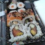 Ретвитни, если любишь суши/роллы https://t.co/IyxMtOOTW8