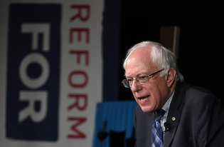 Bernie Sanders Gets #Immigration Policy Right https://t.co/JJLitPW8x4 https://t.co/nPO0yVVxbK