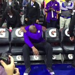 PIPE IT UP!  *Dab* RT @MhDaDon: Kobe holding back tears ... Im not ready for any of this 😰😰😰😰😰😰 https://t.co/WyaDIsueGo
