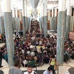 #peoplesparliament in Parliament House happening now telling @TurnbullMalcolm to put planet before profit #auspol https://t.co/3Dj1sqZlbw