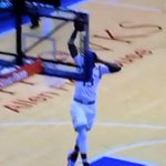 VIDEO: In his Kansas debut, star frosh Cheick Diallo does Karl Malone pose on breakaway jam https://t.co/yNeJeDQH3U https://t.co/mEotyXqorc