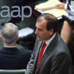 @TurnbullMalcolm has back turned as @MalBrough_MP answers another question #auspol #qt #MalBrough https://t.co/tbpSJCmRan