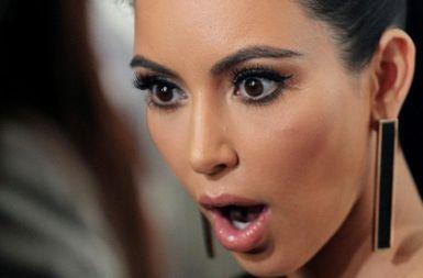 """Apa? Topup RM50 dapat extra RM20!?"" - #KimK https://t.co/MZwW4uERzO"