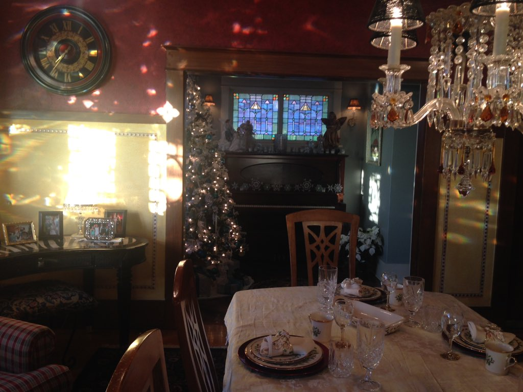 Get your tickets now for @mestapark Holiday Home Tour.You get to see pieces of history&proceeds benefit neighborhood https://t.co/BI3noCZwus