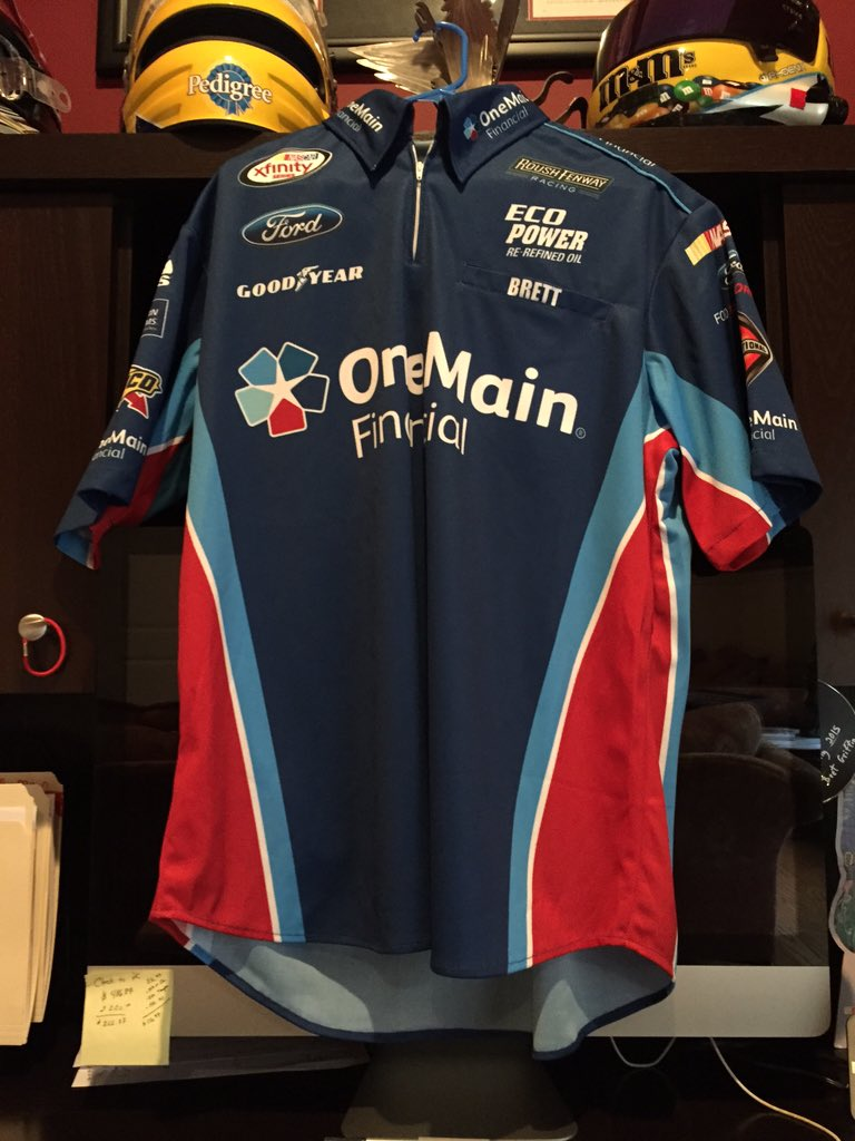 Retweet if u wanna chance 2 win this @OneMainRacing @roushfenway crew shirt. I'll pick one random FOLLOWER by Fri. https://t.co/uplG5BB5MW