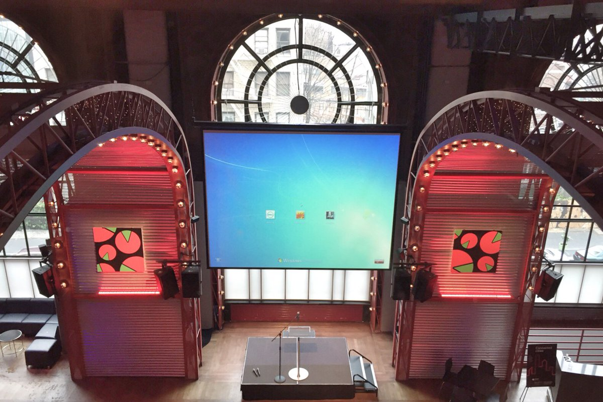 The calm before the #BigApps Final tonight at @bam_brooklyn. Announcing winners of $125K in prizes in a few hours! https://t.co/xnkOwxfNf6