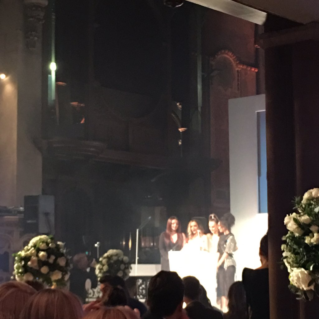 Ultimate girl group goes to our favourites @LittleMix! #CosmoAwards https://t.co/Ewf3iNh7ul